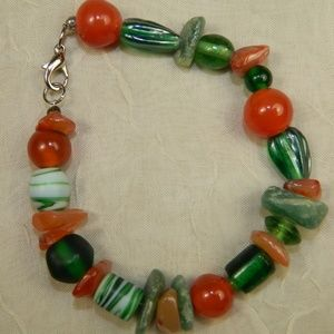 Bracelet Jade coral red green Glass Beads
